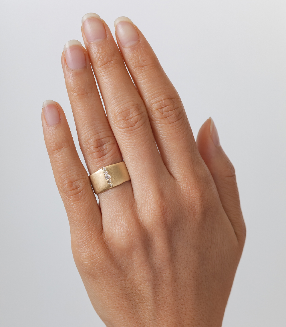 Chunky gold ring with pave diamond strip